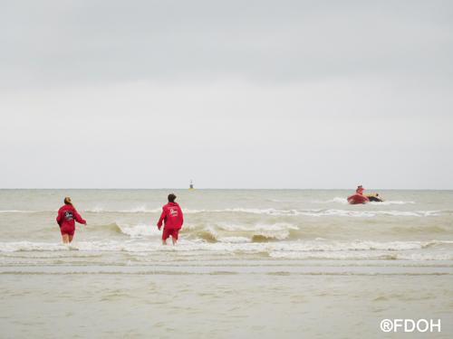 Oefeningen reddingen aan de Belgische kust