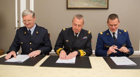 Accord de coopération Carrefour de l'information maritime